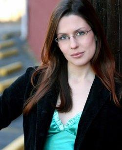 Lauren Gunderson on http://laurengunderson.com/