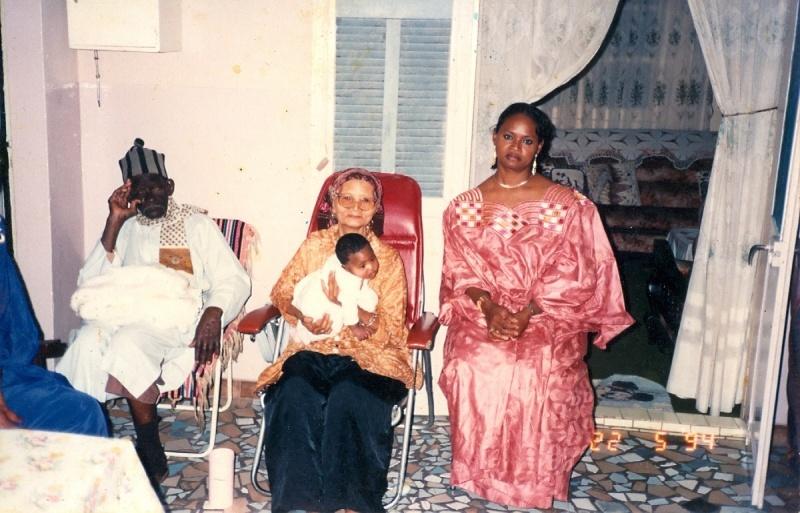 Las tres generaciones de la familia Beye ©Archivos de la familia Beye